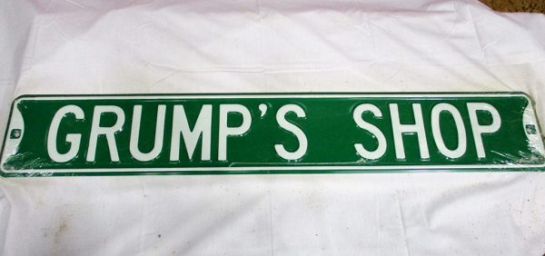 Grump's Shop