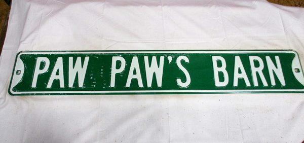 Paw Paw's Barn