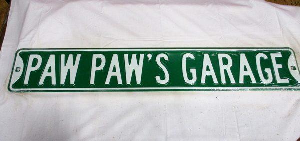 Paw Paw's Garage