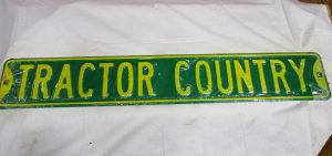 Tractor Country