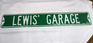 Lewis' Garage